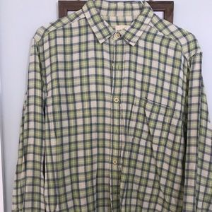 Size Large Men's G.H. Bass and Co. Oxford shirt